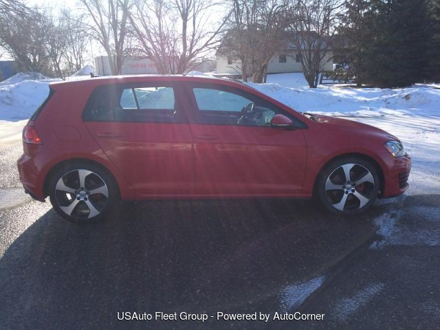2015 VW GOLF GTI SE 4dr SE
