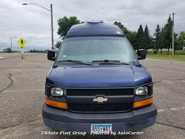 2003 CHEVROLET EXPRESS 2500 RWD High Top With Wheelchair Lift